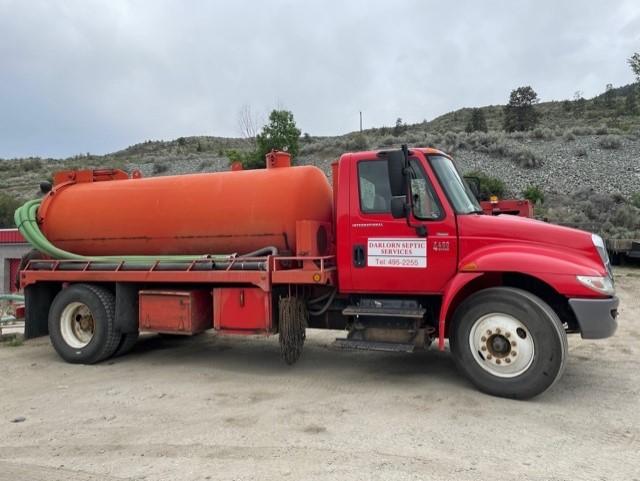 Darlorn Orange Truck